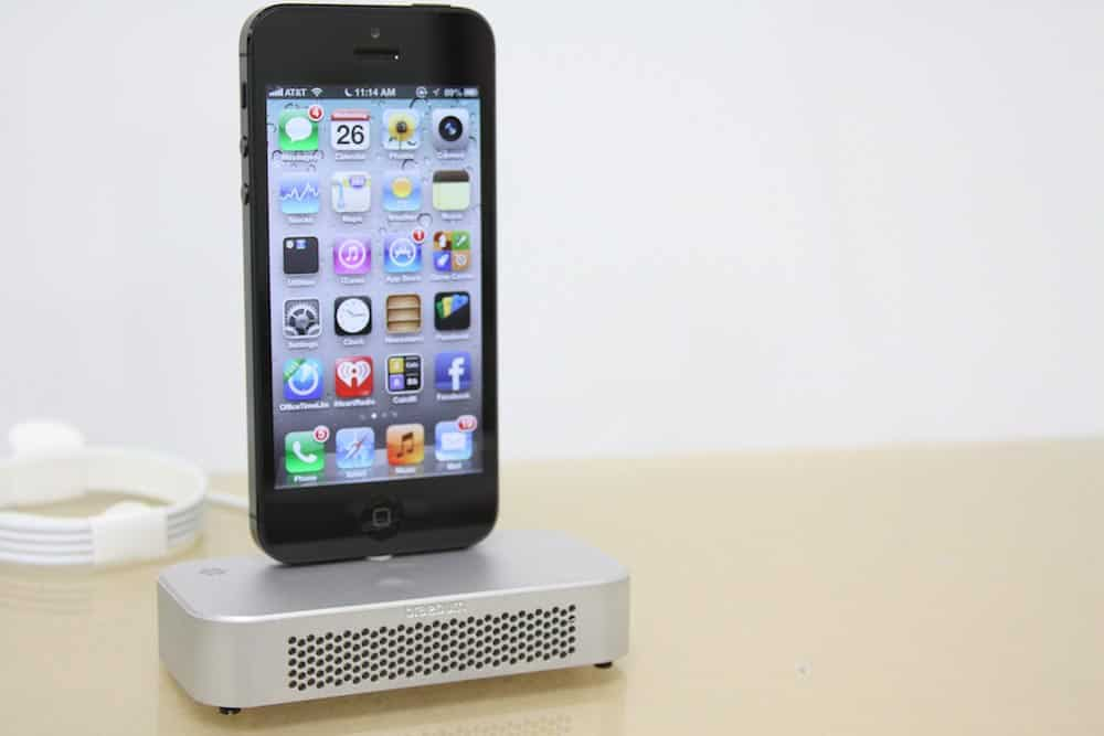 Braeburn Acoustic Dock for iPhone 5